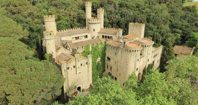 Juego De Tronos Escogen Dos Castillos Más De España El Pirata Rutas En Coche Castillos Juego De Tronos