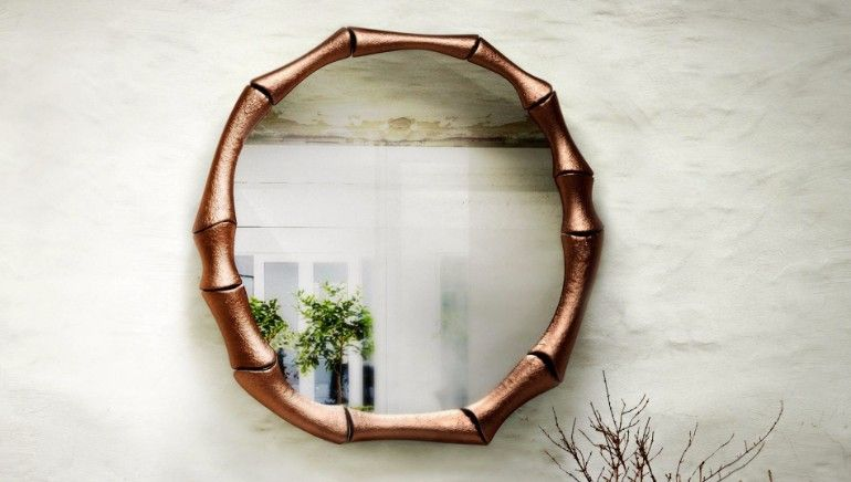 Bone looking brass mirror design for living rooms | www.bocadolobo.com #bocadolobo #luxuryfurniture #exclusivedesign #interiodesign #designideas #mirrorideas #mirrordesign #mirror