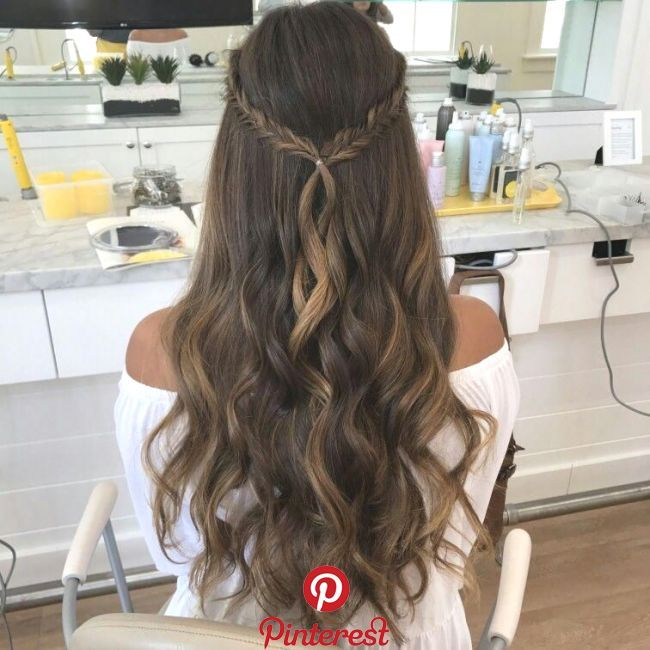 #hair #hairstyle #fashion #lifestyle #longhairs #blogger #trending #daily #routine #promhairstyles