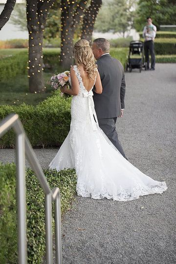 Simple  best Essense of Australia images on Pinterest Wedding dressses Bridal gown and Bridal gowns