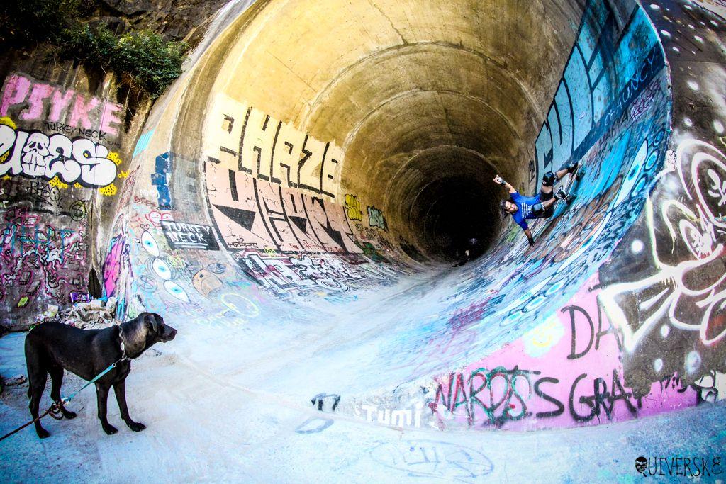 FS Bertslide #Quiversk8 #shred #skateboarding #sk8 #carverskate #carverskateboards #surfyourskate #surfskate #landsurfing #shredtillyourdead #concretewaves