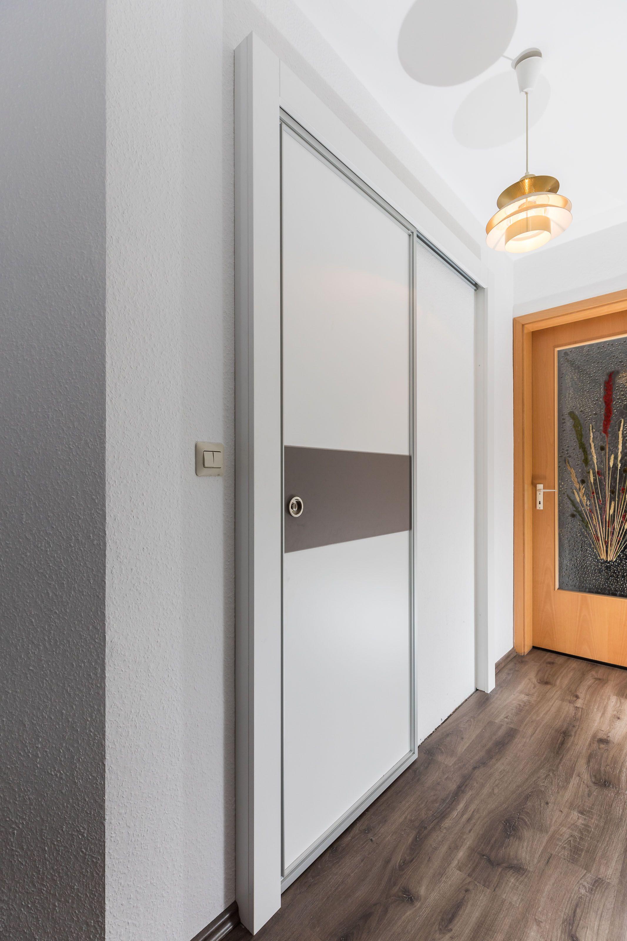 Schiebeturanlage Als Badezimmertur Hangend Und Abschliessbar