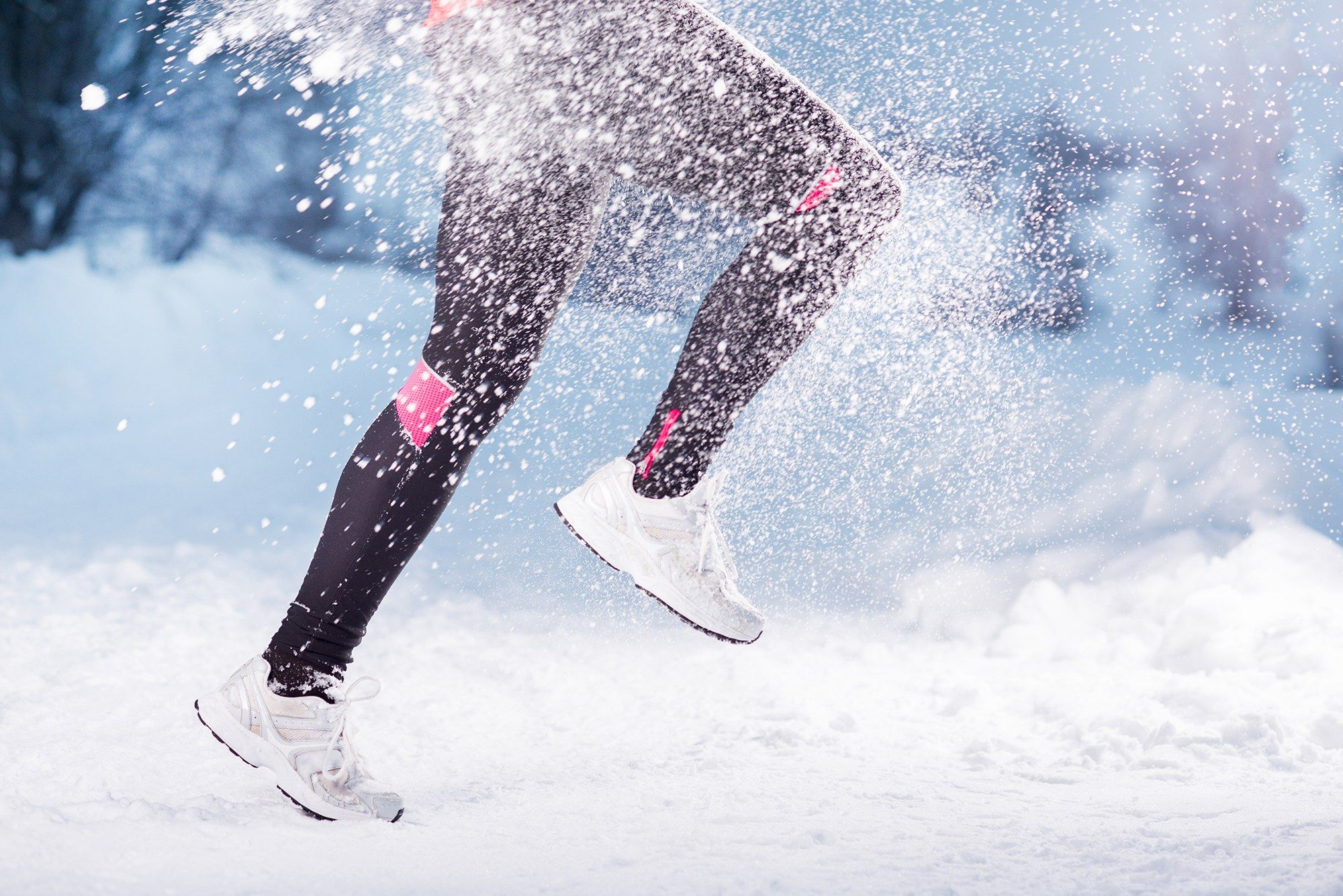 The 10-Minute Workout You Should Be Doing Now If You're Hitting The Slopes This Season