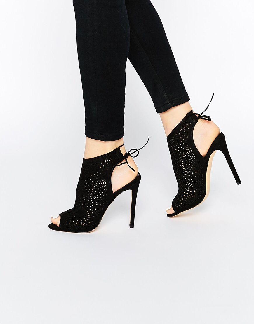 24c30093195 New Look - Chaussures découpées au laser avec talons et liens ...
