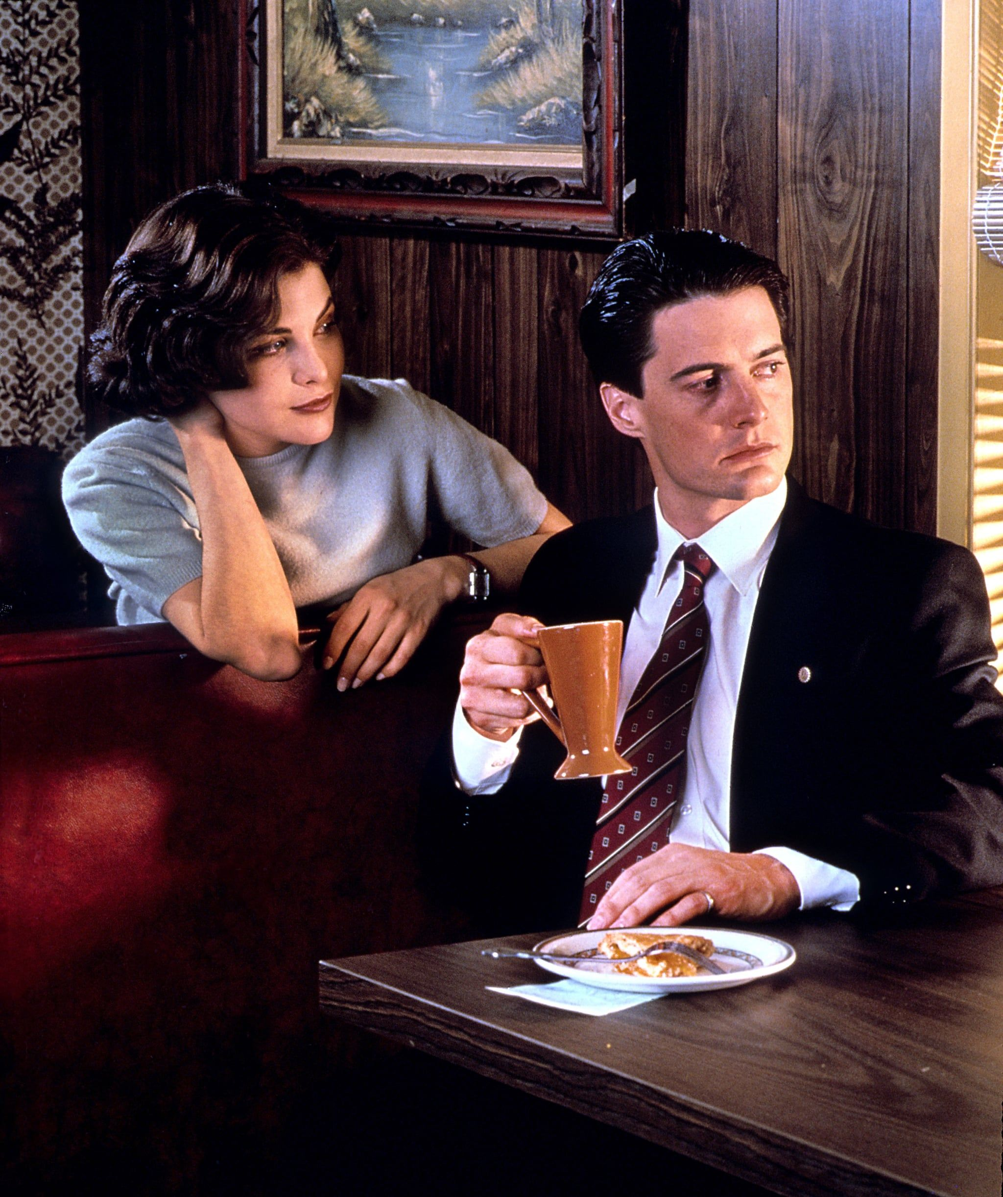 """31 May 2018 — Sherilyn Fenn as 'Audrey Horne' & Kyle MacLachlan as 'Special Agent Dale Cooper' in  """"Twin Peaks"""" 💠 Nearly 25 yrs after it first premiered on ABC, """"Twin Peaks"""" — the brainchild of David Lynch & Mark Frost — continues to exert an inescapable gravitational pull on the imaginations of viewers & on the tv landscape as a whole. Watch it now."""