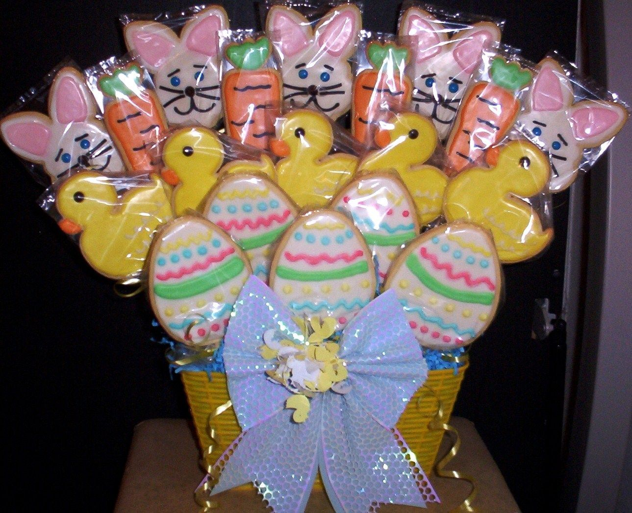 Easter Easter, Easter flowers, Easter fashion