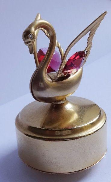 Caixa de música Cisne em metal dourado com cristal e zircônia - origem Turquia - 6,5x4,5cm - Mecanis