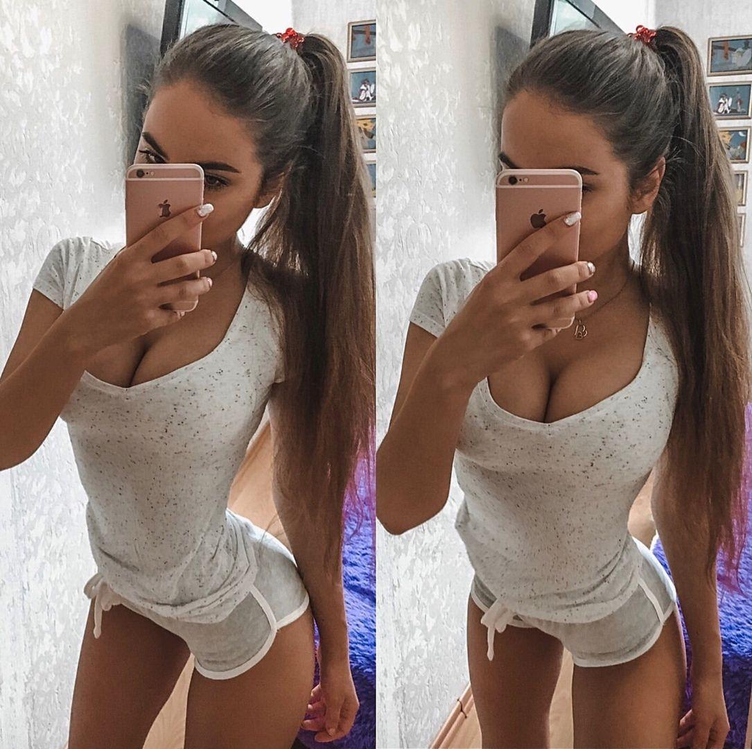 Pin on Women Love Selfies 2