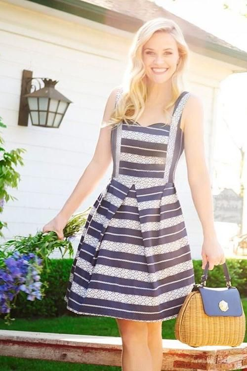 Reese Witherspoon wearing Draper James Overlook Bag and Draperj Ames Lacey Stripe Sweetheart Dress in Lacey Navy Stripe
