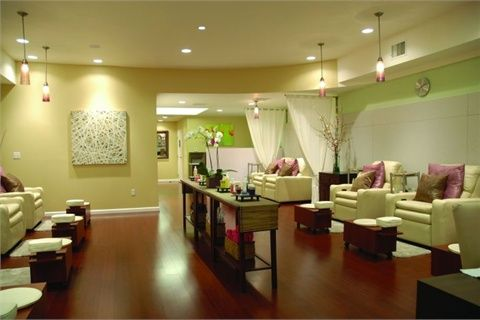 Nail Salon Design, Work Nails, Spa Interior, Nails Magazine, Nail Spa, Nail  Salons, Salon Ideas, Business Ideas, Spas