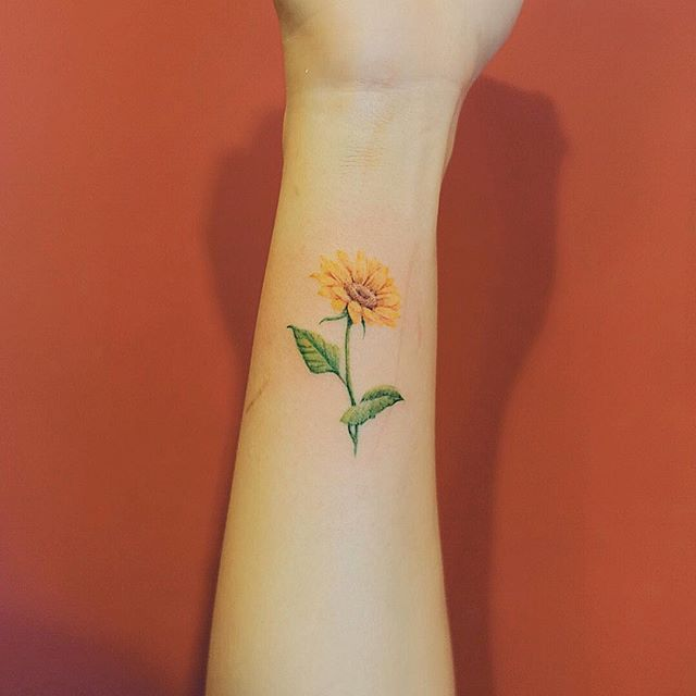 . Sunflower☀️ | Hair, Makeup, and Tatts | Pinterest ...