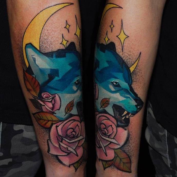 Wolf tattoo for men  #tattooedmen #inkedmen #tattoosformen #wolftattoos #tattoolife #tattooart #skinart