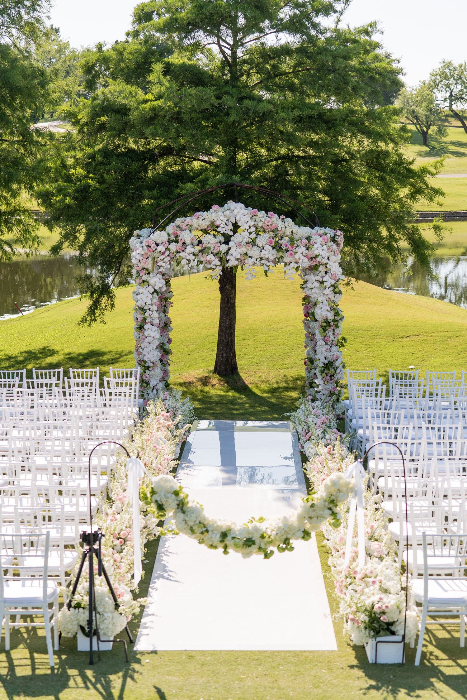 Luxury Hotel Wedding with Personalized Elements in Dallas ...