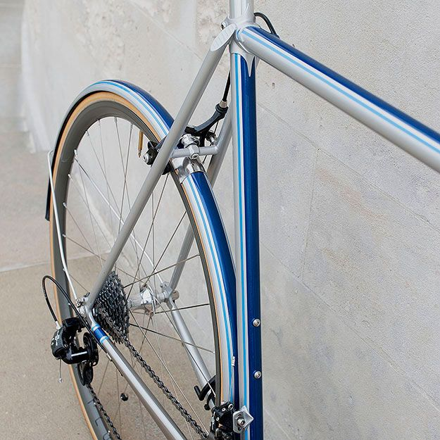 Feather Cycles Magnus Walker 911r Via Cycleexif Bike