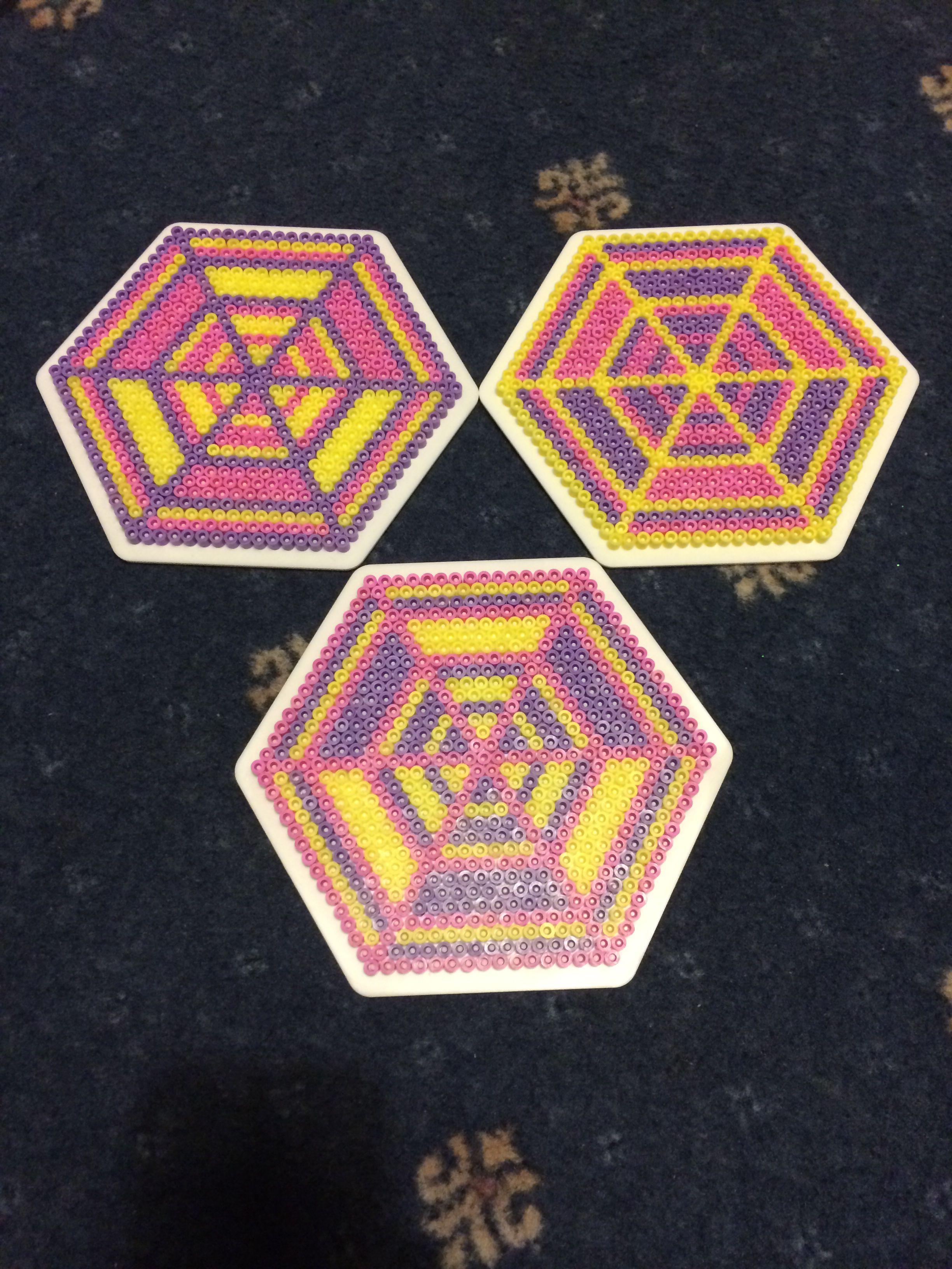 Hama beads hexagon 3