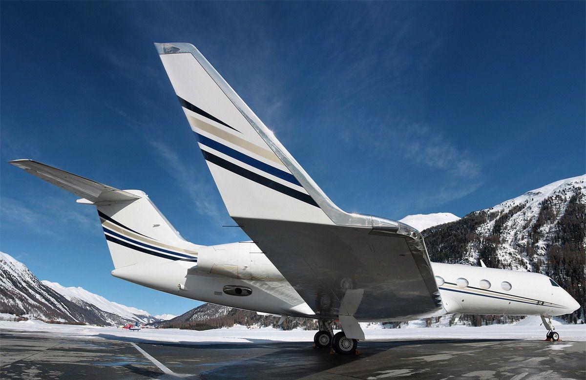Jet Privato Lussuoso : Bacino privato con gli ski lift del jet e l ascensore coperto