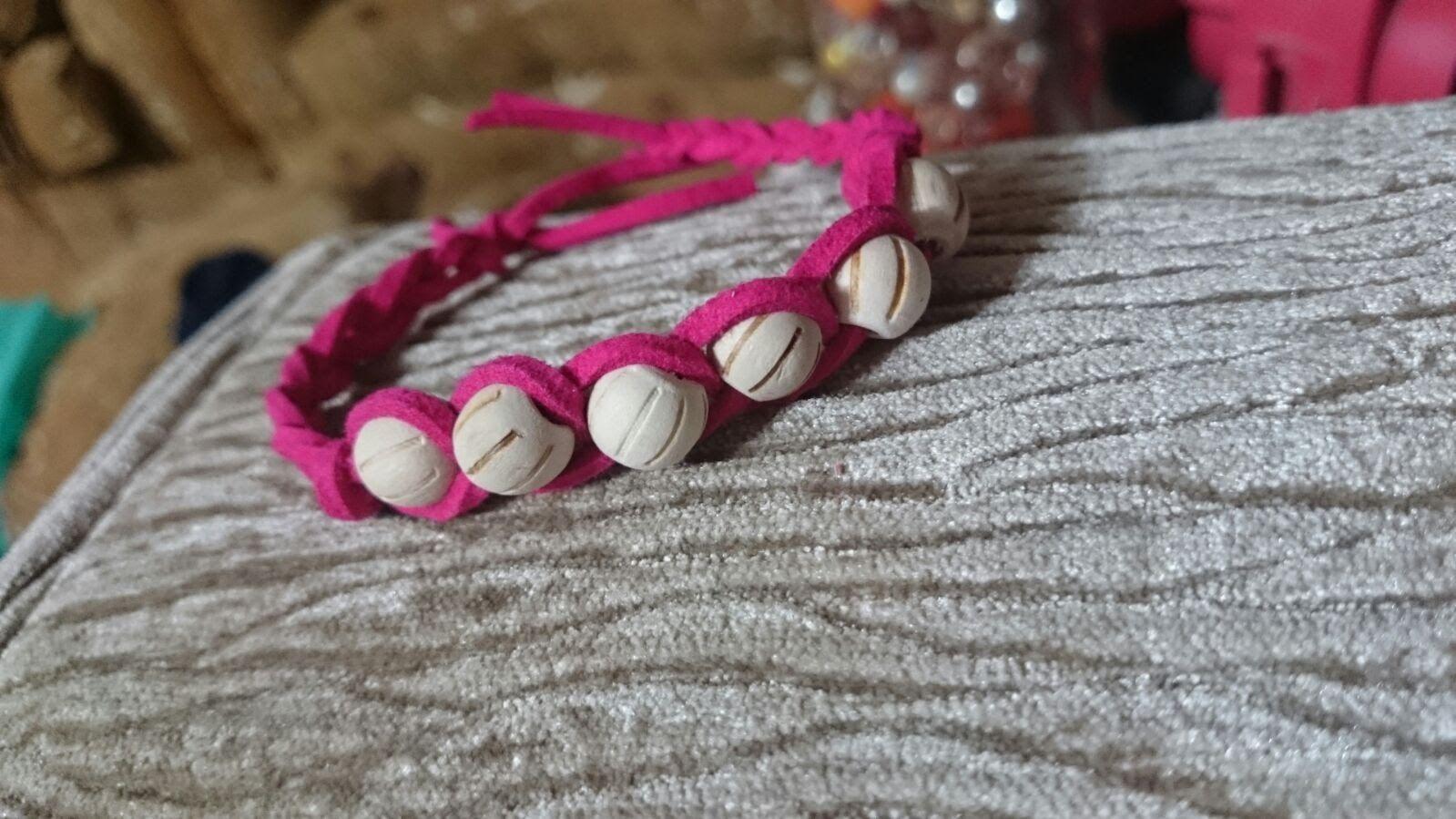 How to Make an Easy Bracelet - DIY Bracelet Tutorials .