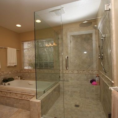 Ceramic tile bathtub surround ideas master bathroom for Master bathroom jacuzzi