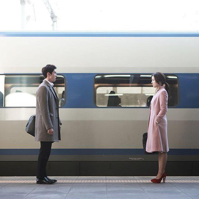 Let's take a train to Busan. #그날의문위기 #유연석 #문채원 #moodoftheday #부산