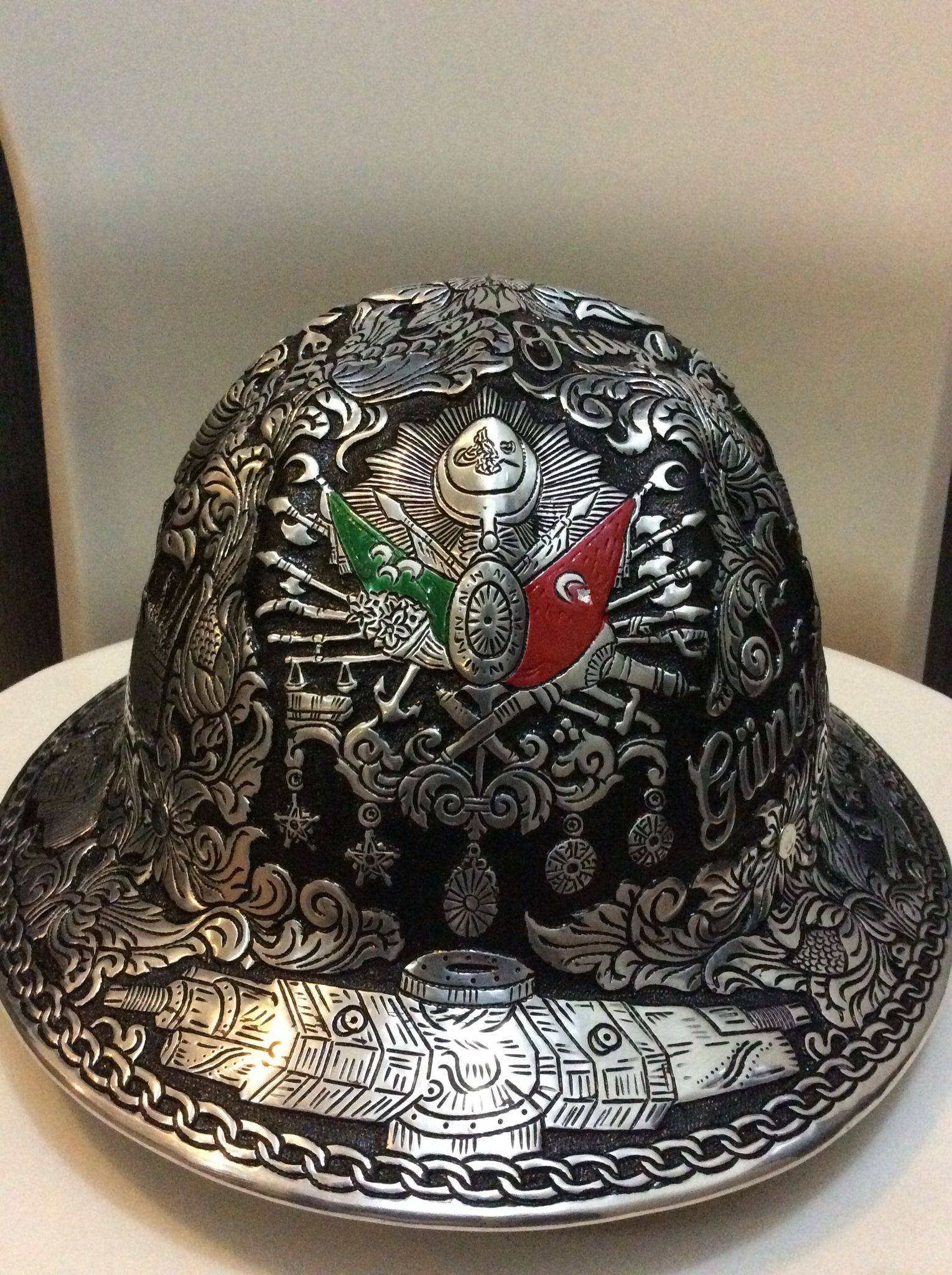 9bee89b49cc Engraved  hardhat with  Ottoman flag