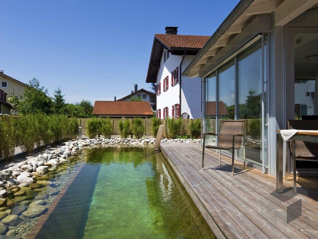 Traunstein von Regnauer Hausbau Stadtvilla Zeltdach