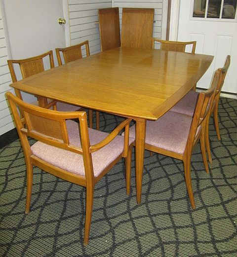 Sophisticate By Tomlinson Mid Century Modern Dining Table And