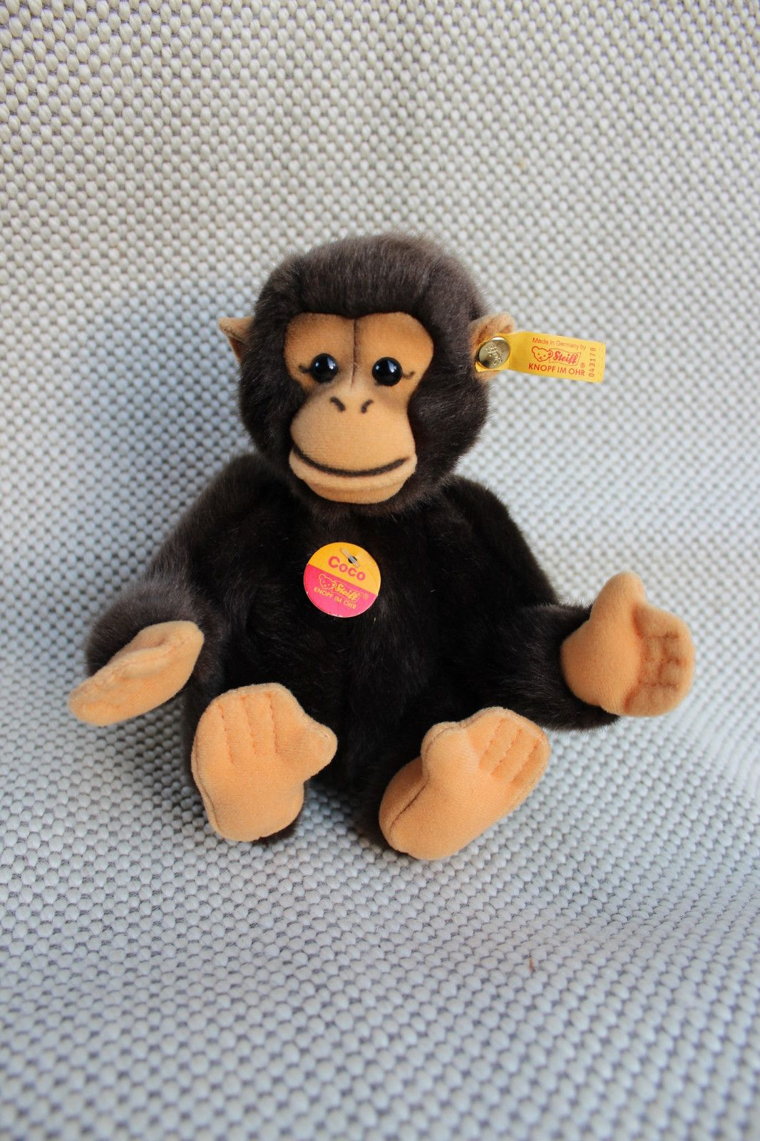 Steiff Coco Chimpanzee 5 Button In Ear And Chest Tag Ean 043178
