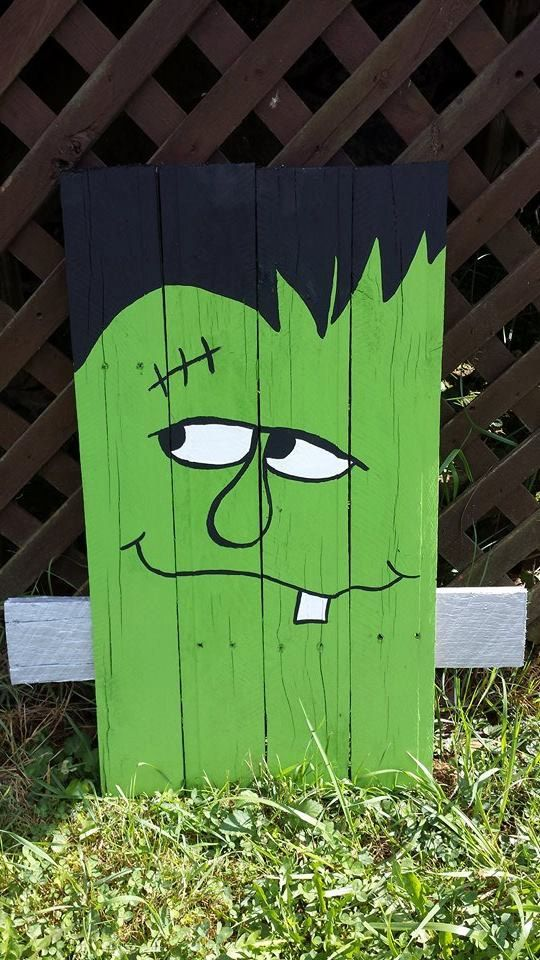 Cute Pallet Frankenstein by TheWheelPrespective on Etsy More