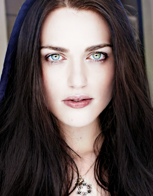 Pin By Sami F On M E R L I N Katie Mcgrath Girl With Green Eyes Mcgrath