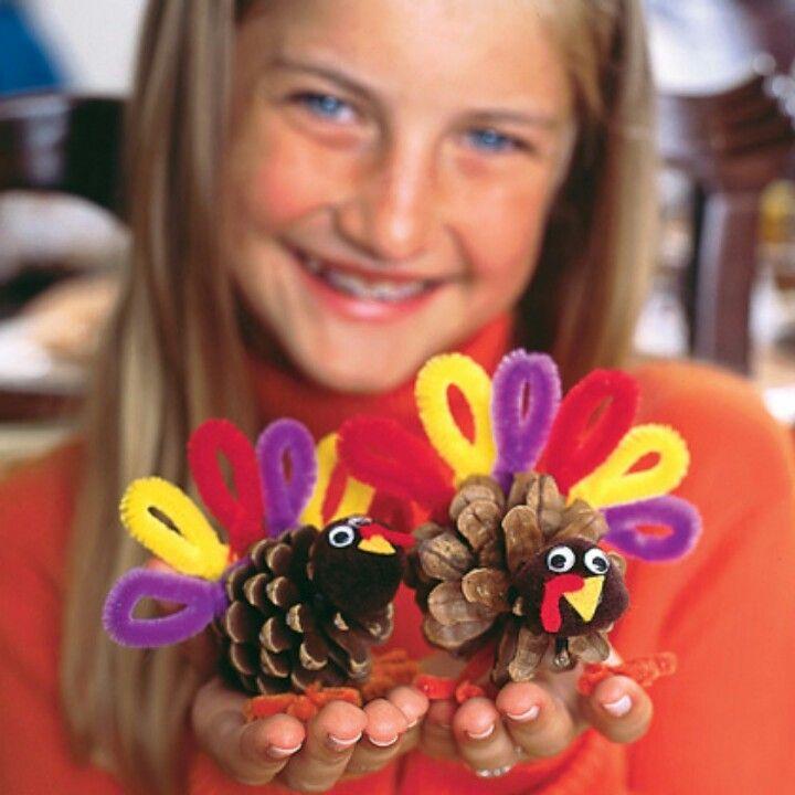 Turkey pine cones!!! http://familyfun.go.com/thanksgiving/turkey-crafts-recipes-gallery-800094/