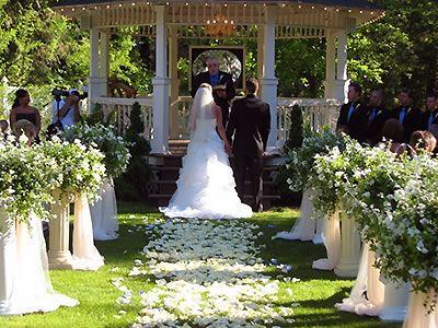 Belle Gardens Deer Park Weddings Spokane Wedding Venues 99006