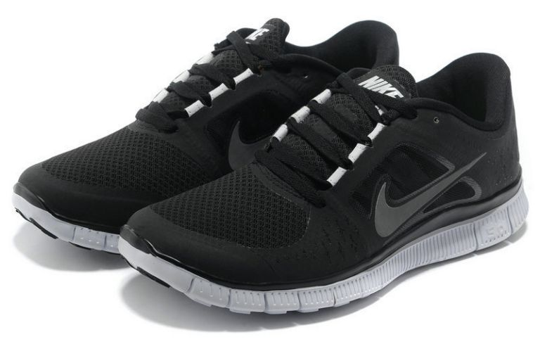 i212V Free Run 3 Women\'s Running Shoe (Nike) Black Reflective Silver