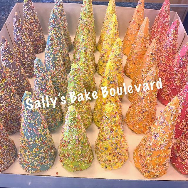 Unicorn horns #cones #chocolate #sprinkles #icecreamcones #rainbow #colors #unicorn #pretty  Unicorn horns #cones #chocolate #sprinkles #icecreamcones #rainbow #colors #unicorn #pretty   Unicorn horns #cones #chocolate #sprinkles #icecreamcones #rainbow #colors #unicorn #pretty #birthday #sally #bake #instagram #amman #Jordan #bakeboulevard #buttercream #homemade #love #ammanjordan