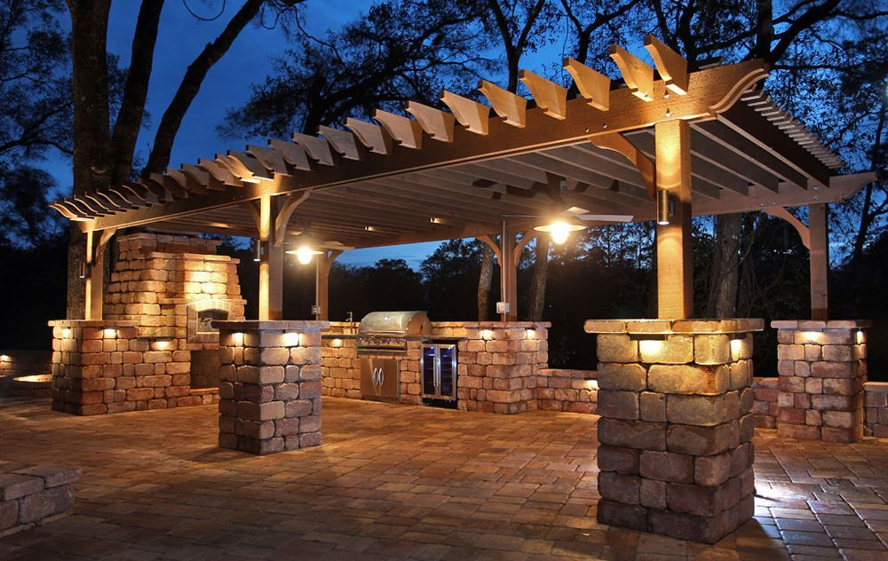 Pratt Guys Outdoor Design Built A Luxurious Outdoor Kitchen In Jacksonville Fl The Full Service Kitchen Required Both Pergola Lighting Patio Lighting Pergola