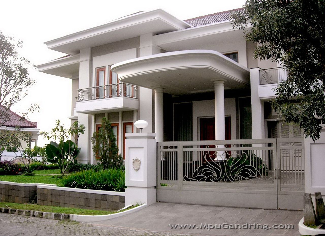 "Home Design Exterior White Painted Concrete Wall With ""moulding"" For Top Edge  Home ."