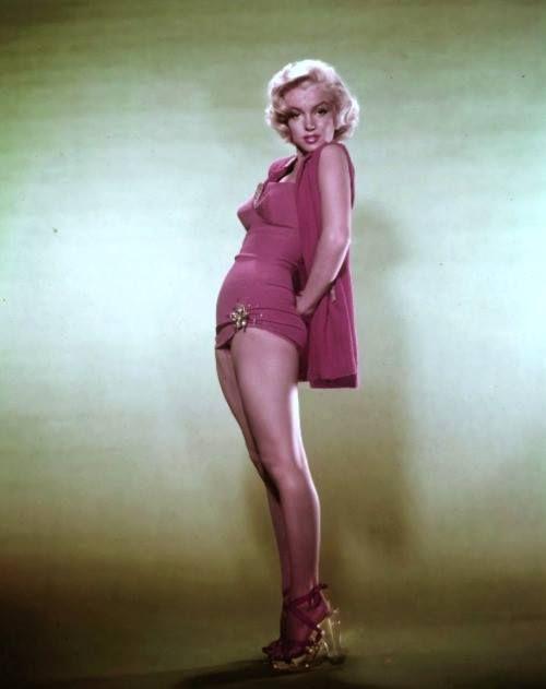 Marilyn Monroe***