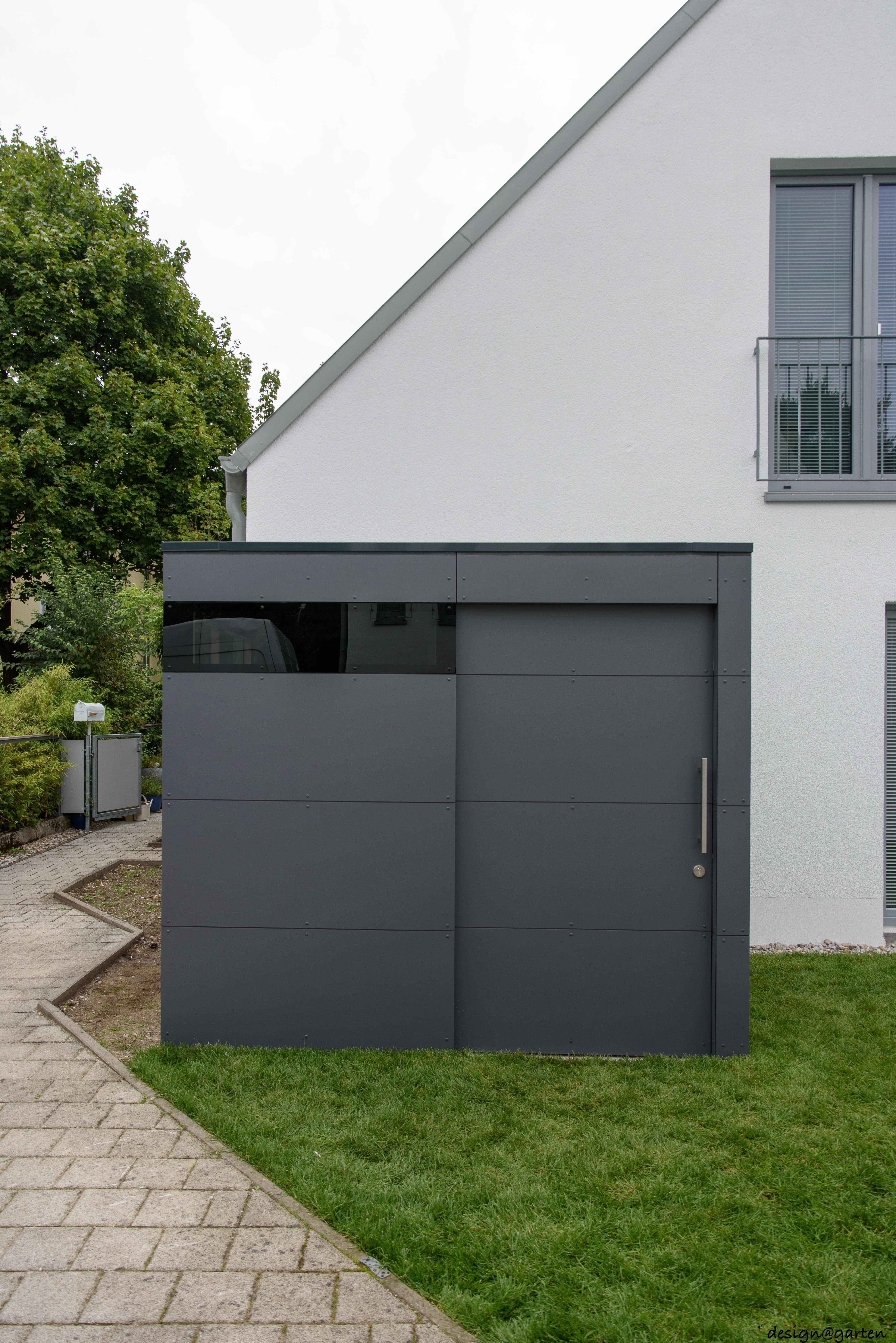 Design Gartenhaus _gart in München by designgarten