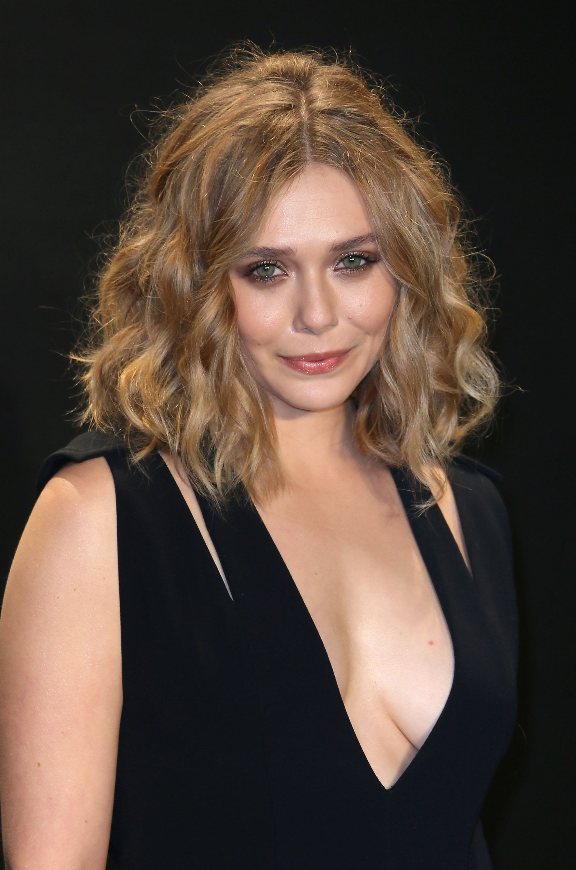 Elizabeth olsen for my curly girl in 2019 elizabeth - Scarlet witch boobs ...