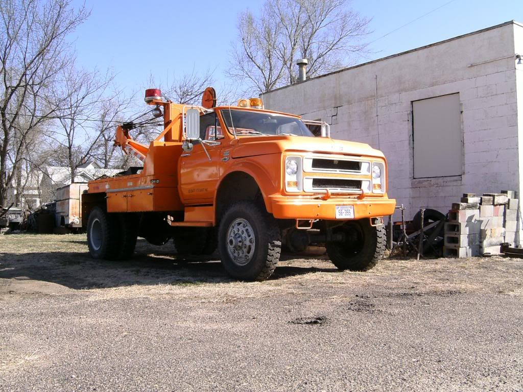 Tow truck rollback hauler pics page 2 the 1947 present chevrolet