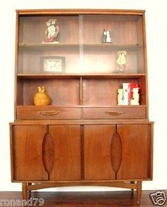 Exceptionnel MID CENTURY MODERN CHINA CABINET HUTCH BY GARRISON