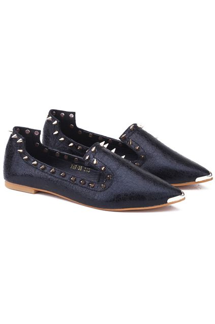 Rivets Detailed Flat Shoes