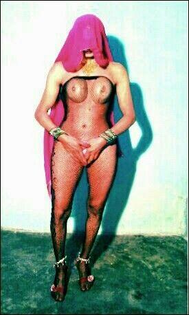 88 square nude