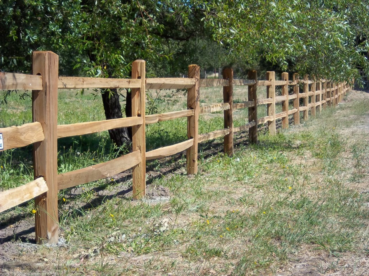 Split rail fence with rails by arbor inc