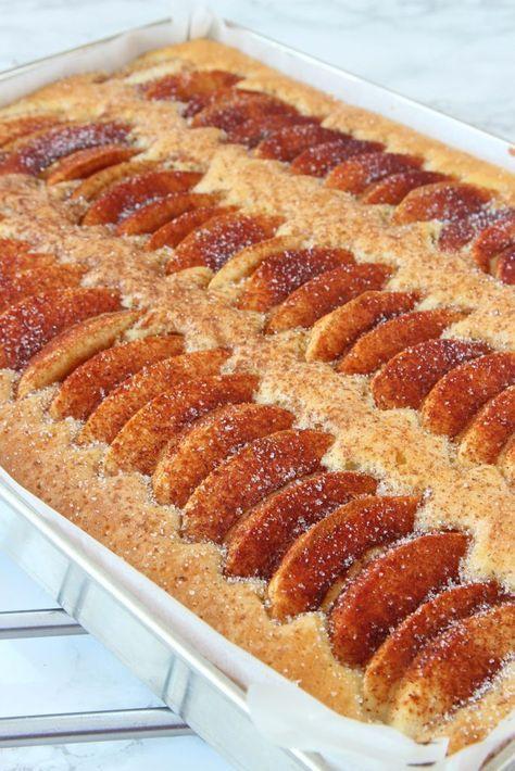 Snabb äppelkaka i långpanna