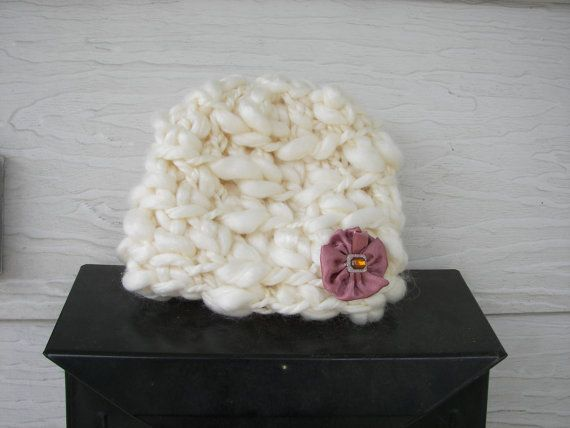@Jamie Lehmann ...would u be able to do  one of these w/ that thick yarn?? i could add the flower, how much?  that stuff adds up!