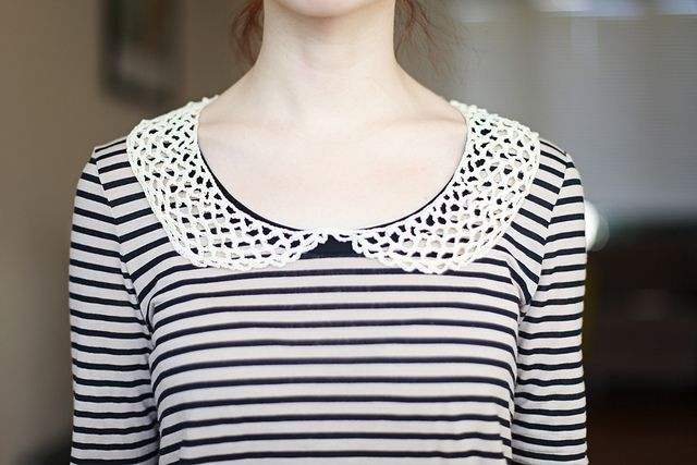Cute detachable peter pan collar - i totally have this!