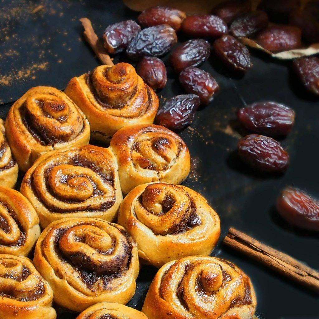 brioches la cannelle saines le cinnamon roll sain farine d 39 peautre semi compl te oeuf. Black Bedroom Furniture Sets. Home Design Ideas