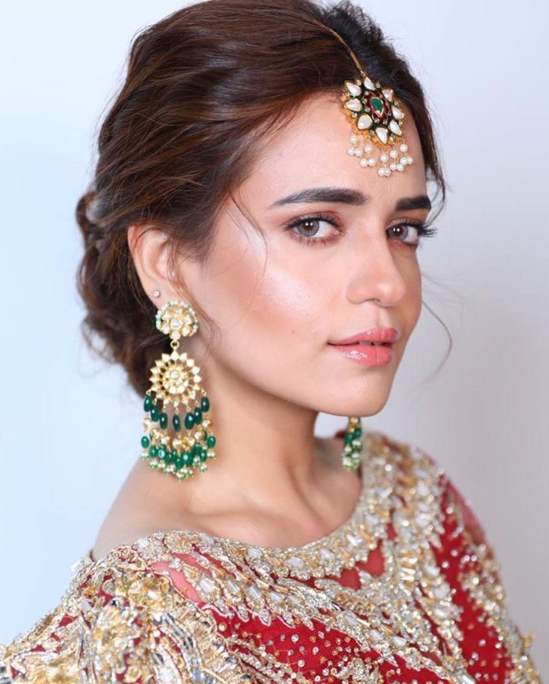 Pin by Khadija Nasir on Soft bridal makeup, Pakistani