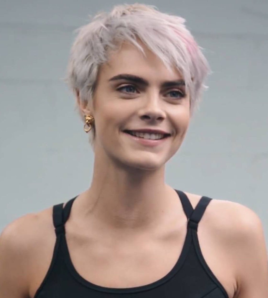 Pin By Hala Mh On Jessie Cara Delevingne Hair Cara Delvingne Cara Delevigne
