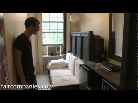 Manhattan architect lives in 78 sq.ft. apartment!